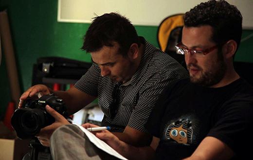 1.Los directores Daniel San Román y Hugo Serra, en plena grabación